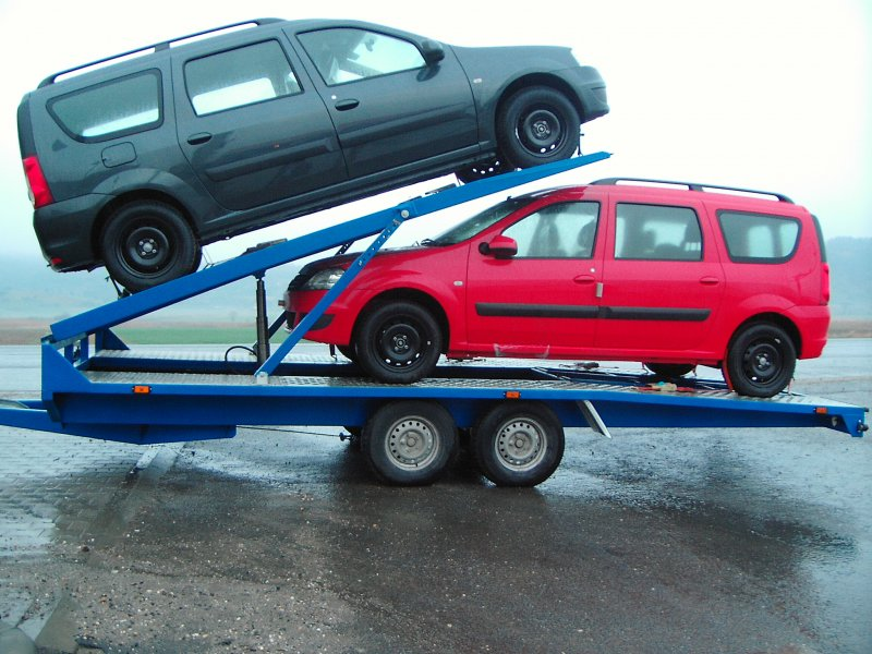 Remorca transport autoturisme