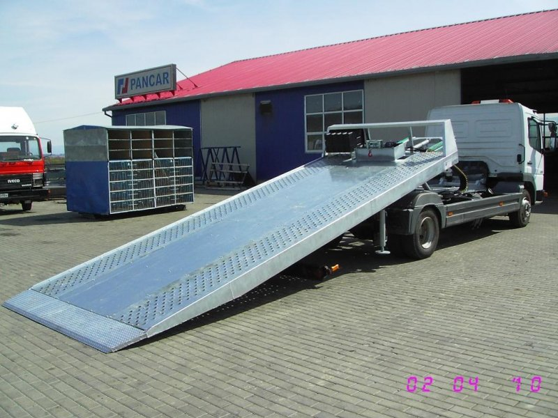 Autoutilitara transport auto pe 1 nivel